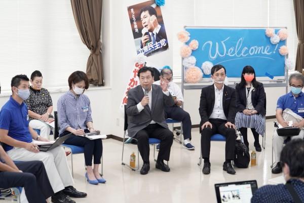 枝野代表、千葉県鎌ケ谷市の円卓ミーティングに参加 - 立憲民主党